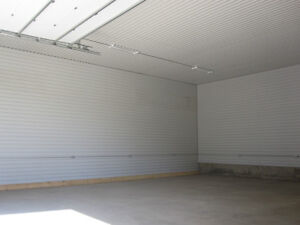Shop or storage space available in Strathroy London Ontario image 3