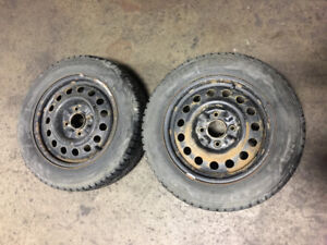 USED ROVELO WINTER TIRES 15 INCH RIMS 195/60R15 2 RIMS 2 TIRES