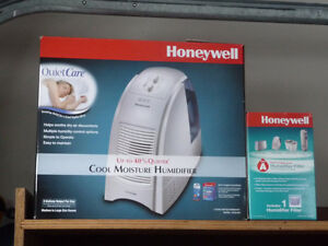 3 gal Honeywell humidifier plus replacement filter