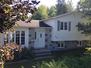 SPOTLESS HOME LARGE DOUBLE GARAGE 3 BEDS+1 DIEPPE