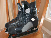 CCM 670 Tacks Men size 8