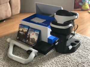 PSVR +2 games+aim gun controller+charging stand