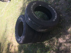 Set of 5 brand new 265/70 R17 tires
