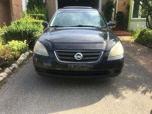 2003 Nisaan Altima - SL - all options - black - AS IS