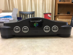 Nintendo 64 (N64) Console & 2 Games