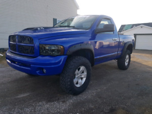 DODGE RAM 4X4 / BRAND NEW MVI / AMAZING CONDITION