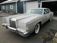 Lincoln Continental town car 4 door 1977 for sale