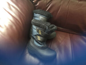 Boys size 10 sported winterboots