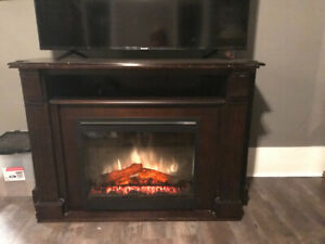 Dimplex electric fireplace box and mantle.