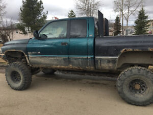 Lifted 1998 dodge 1500