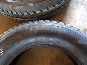 LT285/60r20 Firestone Transforce AT
