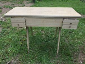 Mid Century Modern Vintage Sewing Craft Table