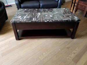 Table de salon avec dessus escamotable