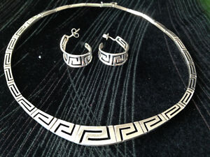 925 Silver necklace/earrings with Greek Key Design