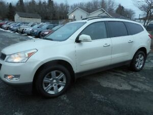 2012 Chevrolet Traverse LT SUV, Crossover