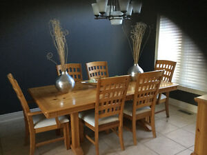 Solid pine and bamboo Dining room table & Hutch London Ontario image 1