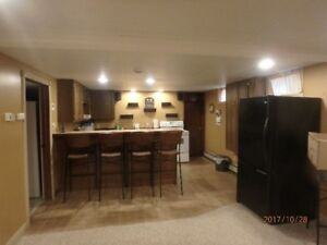 One Only !!! Country Estate Apartment in Chatham