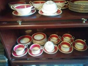 Aynsley Desborough dishes and tea sets with soup plates