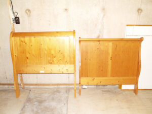 Sleigh Bed - twin size