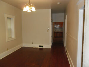 * TAKE A LOOK * - RENOVATED 3BDR PRITCHARD HOME