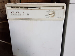 GE DISHWASHER - REALLY CHEAP - MUST SELL!!!