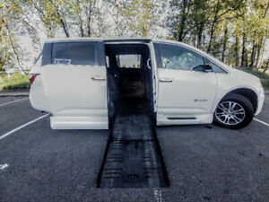 2012 Honda Odyssey wheelchair van with turning seat