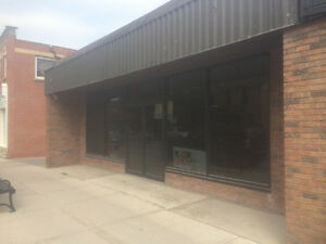 FOR RENT - 1500 (sqft) EXCELLENT LOCATION - PORT PERRY