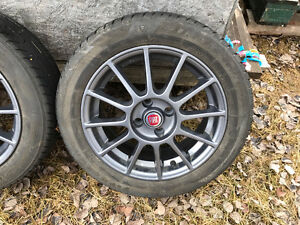 Fiat 500 Aluminum 4 - Wheels, press monitor and tries complete