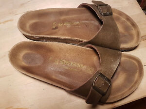Birkenstocks ladies bronze size 11