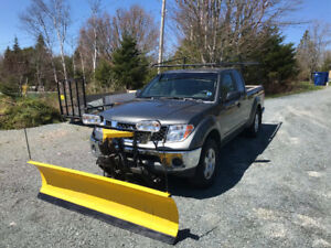 2005 Nissan Frontier with Fisher minute mount plow, 4x4 truck