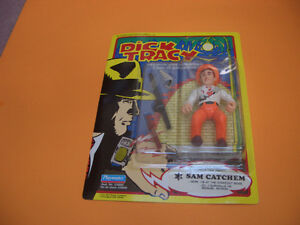 (2) DICK TRACY FIGURES THE TRAMP AND DICK TRACY London Ontario image 8