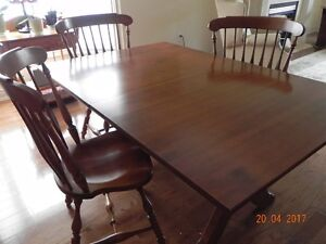 Solid Maple Trestle Dining Room Table with 4 chairs