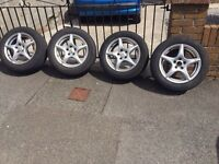 Volkswagen Golf alloys £100 Ono