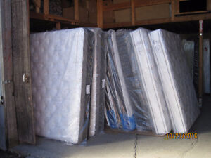 Mattresses/ Box Springs Largest in stock Mattresses in Cornwall Cornwall Ontario image 10