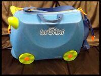 Kids Trunki suitcase