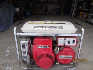 Génératrice Honda 2500 Watts