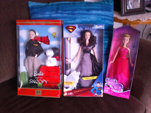 10 COLLECTABLE BARBIE DOLLS