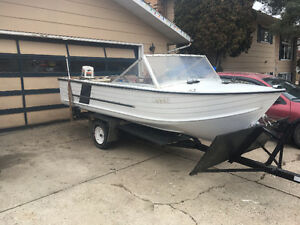1979 Starcraft Boat With 25HP Motor