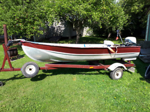 12 Aluminum  Foot Boat and 6hp gas motor and Electric  motor