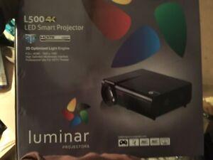"""luminar projector l500-4k projecter + 60"""" screen"""