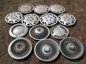 Assorted Vintage Hubcaps / Wheel Covers