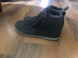 Kenneth Cole Men's Size 8-1/2 Edmonton Edmonton Area image 1