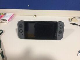 Nintendo Switch Grey & Mario+Rabbids Kingdom Battle