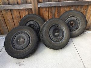 Winter tires with metal rims Oakville / Halton Region Toronto (GTA) image 1