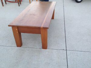 ANTIQUE COFFEE TABLE London Ontario image 8