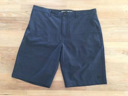 NEW Billabong Men's Boardshorts Casual Shorts Navy - Size 38
