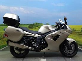 Triumph Sprint GT 1050 ABS **Full Lugagge and Low Mile 2014 Bike**