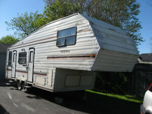 1990 Travel Aire Trailer.