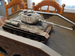 Russian T-34 R/C Battle Tank - Professionally Painted