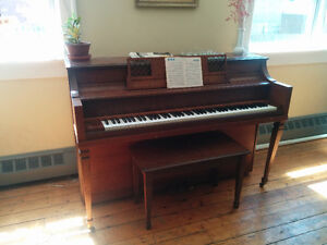 Apartment Size Piano - Hobart M. Cable